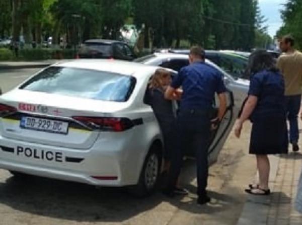 Photo of ქურდობის ბრალდებით,ზუგდიდშიახალგაზრდა ქალი დააკავეს.