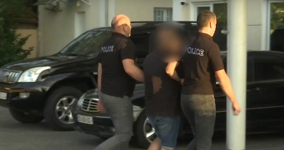 Photo of პოლიციამ სამეგრელოში განსაკუთრებით დიდი ოდენობით ნარკოტიკი ამოიღო