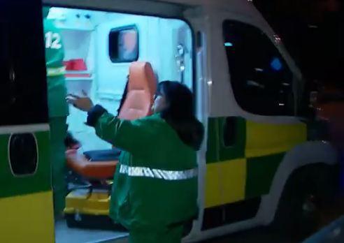 Photo of გამომძიებელი ჩოლოიანი ბრალის წარდგენის შემდეგ, სასწრაფომ საკაცით საავადმყოფოში გადაიყვანა