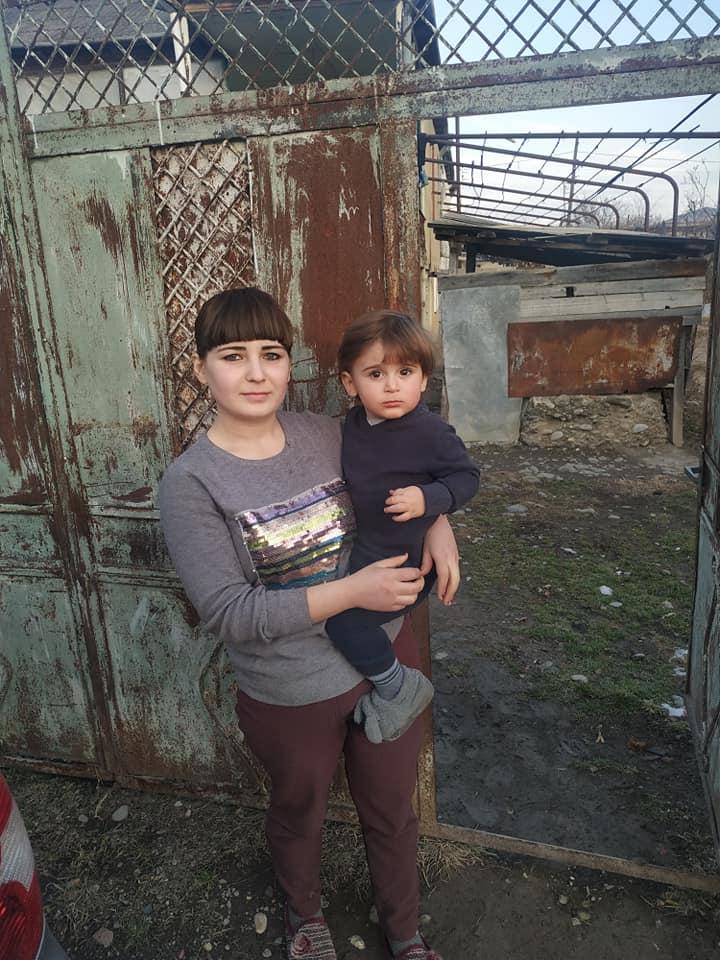 Photo of 2 წლის დანიელის დედიკოს უჭირს პატარას შენახვა…