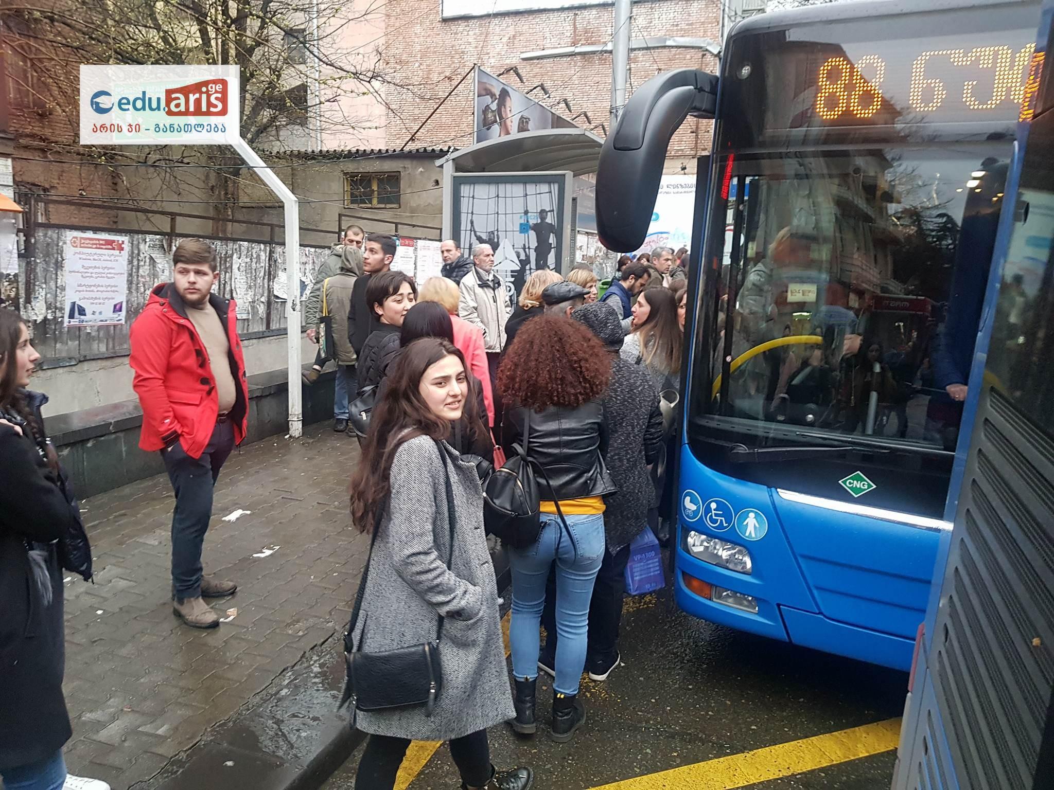 Photo of SOS! საზოგადოებრივი ტრანსპორტი განიხილება უკიდურესად მაღალი რისკის გარემოდ