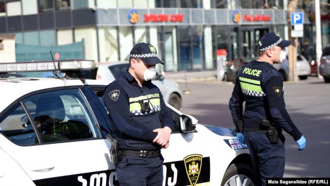 Photo of ზუგდიდში კომენდანტის საათის დროს მამაკაცი დაჭრეს
