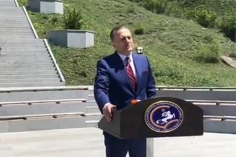 """Photo of ,,ჩვენ გვინდა მთავრობა, რომელიც იცხოვრებს საქართველოთი, იცოცხლებს საქართველოთი და მოკვდება საქართველოსთვის!"""""""