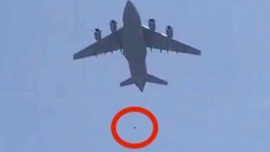 Photo of ავღანელები, რომლებმაც ბორტზე ასვლა ვერ შეძლეს, აფრენილ თვითმფრინავს შეახტნენ